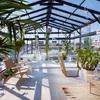 Cerramientos exterior para jardin con techo y paredes de cristal