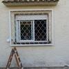 Colocación de ventana y reja en chalet