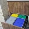Sacar y recoger cubos de basura de comunidad de vecinos