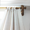 Decoración dormitorio, detalle cortinas