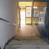 Desnivel existente entre cota de calle y planta baja del edificio