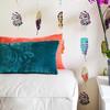 Detalle papel de pared y textiles