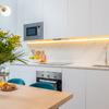 Detalle salón y cocina