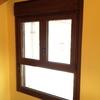 Detalle ventana con fijo inferior