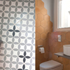 Detalles de pavimentos y revestimientos en baños
