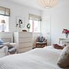 Dormitorio con sinfonier