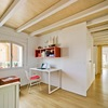 Dormitorios blancos techos de madera