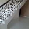 Pulir escalera y suelo baño