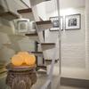 Escaleras con peldaños de madera
