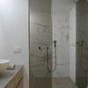 Family house_detalle baño principal