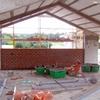 Construcción de muros en parcela exterior