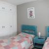 Habitación principal después de pintado y lacado armario.
