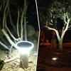 Iluminando el jardín