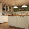 Cocina clásica con pared verde