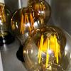 Las bombillas son de leds y tienen un  consumo muy bajo