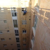 Limpiando fachada