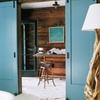 Lijar y pintar 2 puertas balconeras  de madera