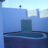 piscina de vivienda de esquina