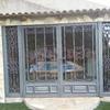 2 puertas hierro forjado y veneciana para ventanal