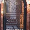 Puerta metaalica con cristal