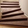 Revestimiento de escalera con moqueta