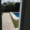 Solárium y piscina