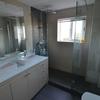 Un baño elegante y práctico