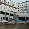 Vista piscina en construcción