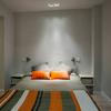 Dividir un dormitorio con tabique y puerta de fuelle