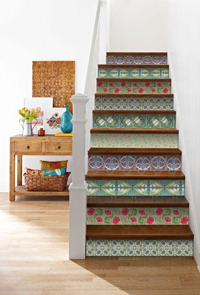Escaleras pintadas dise o y originalidad pelda o a - Peldanos escalera imitacion madera ...
