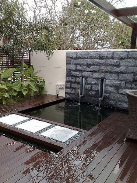 Pensando en construir un estanque descubre todas sus for Contemporary garden ponds