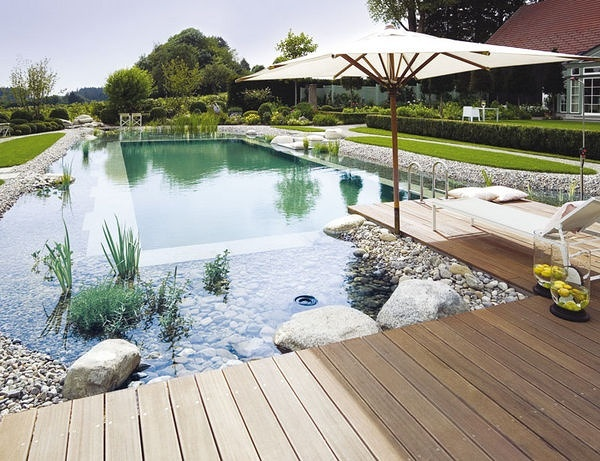 jardines sostenibles con piscinas sostenibles increbles
