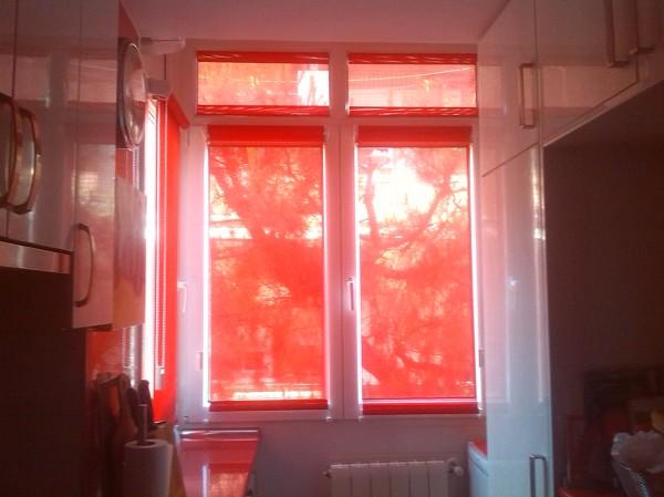 fotos with cortinas para puertas abatibles