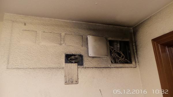 C mo aislar por dentro un techo bajado de escayola for Como aislar el techo de un piso