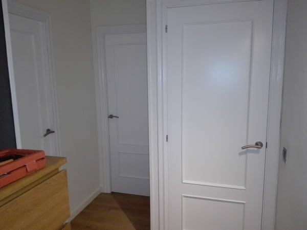 C mo pintar puertas de casa interior y cercos en blanco - Puertas casa interior ...