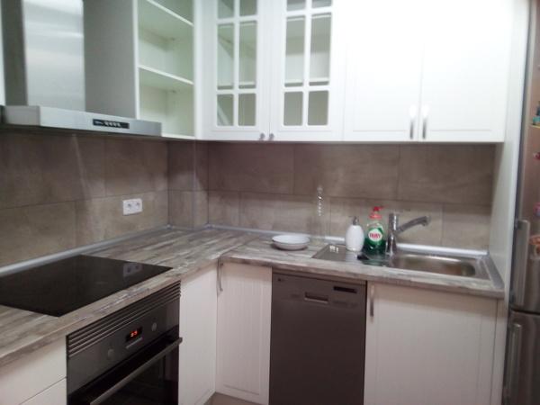 Cu nto costar a laminar el suelo de una cocina de 13 for Cocina 13 metros cuadrados