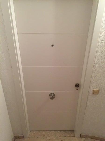 Cu nto cuesta poner puertas de interior y rodapi for Cuanto cuesta una puerta de madera