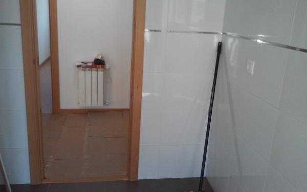 Qu distancia tengo que dejar habitissimo for Mueble de cocina 8 puertas