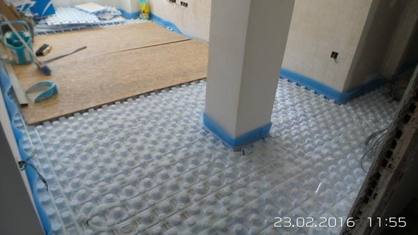 Suelo radiante por agua o radiadores de gas natural - Instalacion de suelo radiante por agua ...