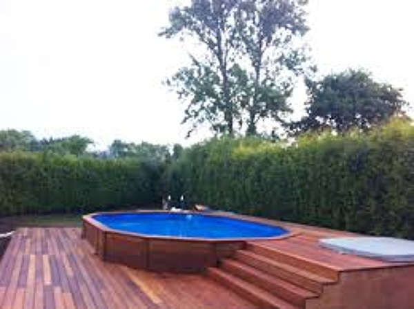Foto piscina desmontable de miriam mart 886180 for Piscinas desmontables enterradas