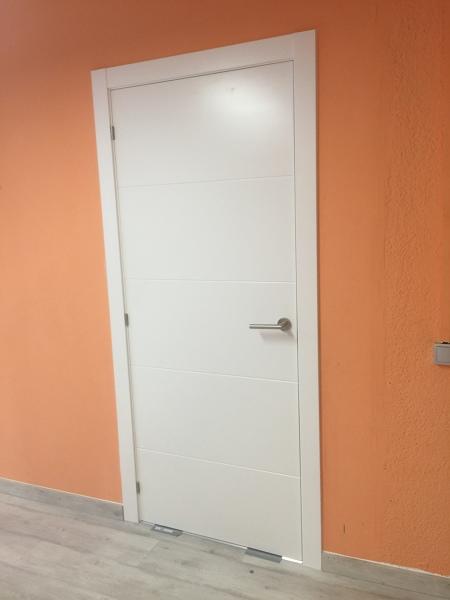 Precio lacado de puertas affordable gallery of good with for Cuanto cuesta una puerta de madera