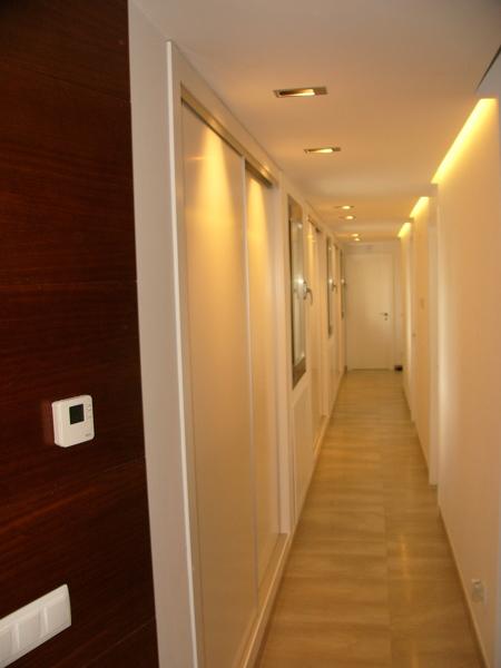 Queda bonito y merece la pena crear un foseado para luz - Iluminacion indirecta salon ...