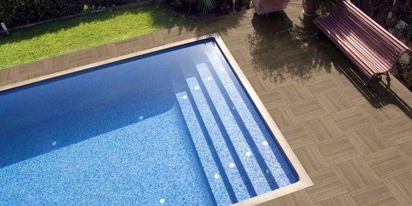 Consejo para cambiar el suelo exterior de la piscina for Coronacion de piscinas