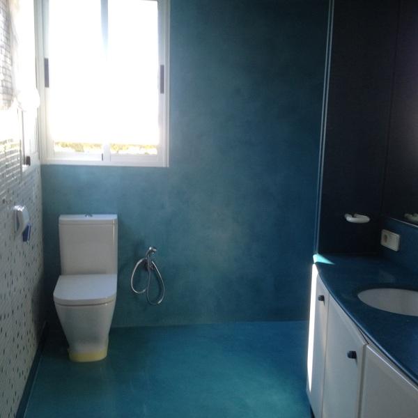 Renovar una pared de azulejos sin quitarlos habitissimo - Renovar juntas azulejos ...