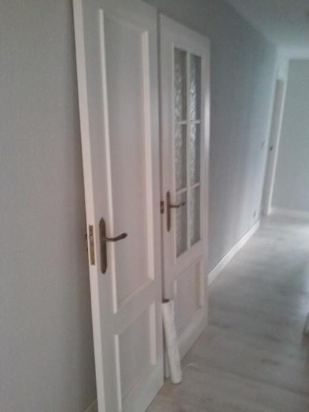 Pintar puertas de la casa en blanco pero sin lacar queda for Lacar puertas en blanco