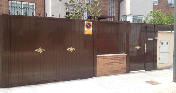 Cu nto me costar a una puerta corredera para garaje for Cuanto cuesta una puerta corredera