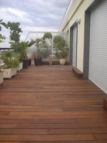 Recomendaciones para suelo de gres porcel nico habitissimo for Poner suelo terraza exterior