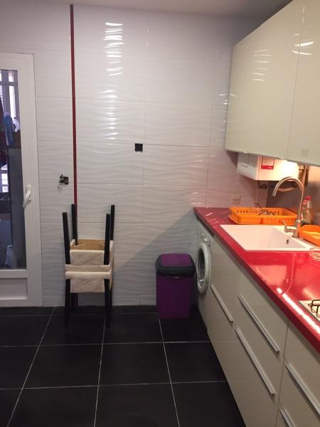 Qu posibilidades hay para cambiar suelos y paredes de la - Suelos de cocina sin obra ...