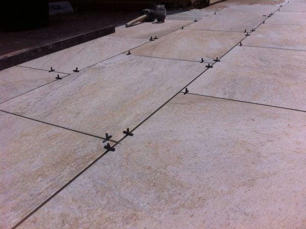 Tipos de baldosas para exterior dise os arquitect nicos - Precio baldosas exterior ...