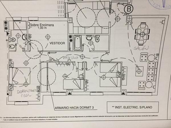 ¿Cuántos focos led debo poner en salón, pasillo y dormitorio principal?